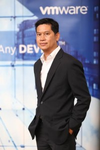คุณเอกภาวิน สุขอนันต์ ผู้อำนวยการฝ่ายขายประจำประเทศไทย บริษัท วีเอ็มแวร์ จำกัด